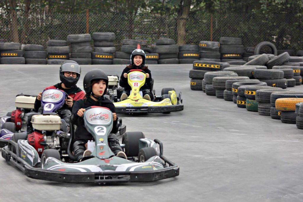 cuối tuần đi đâu chơi ở sài gòn Kart 1 - đua xe Go Kart