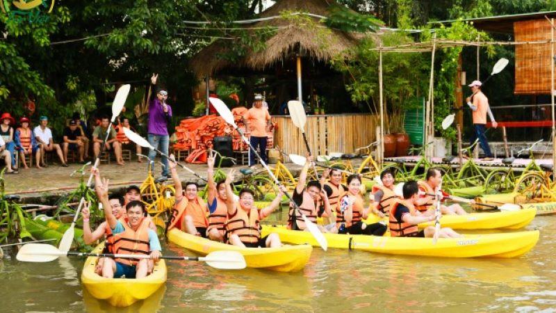 Khu du lịch sinh thái gần tphcm - Tre Việt