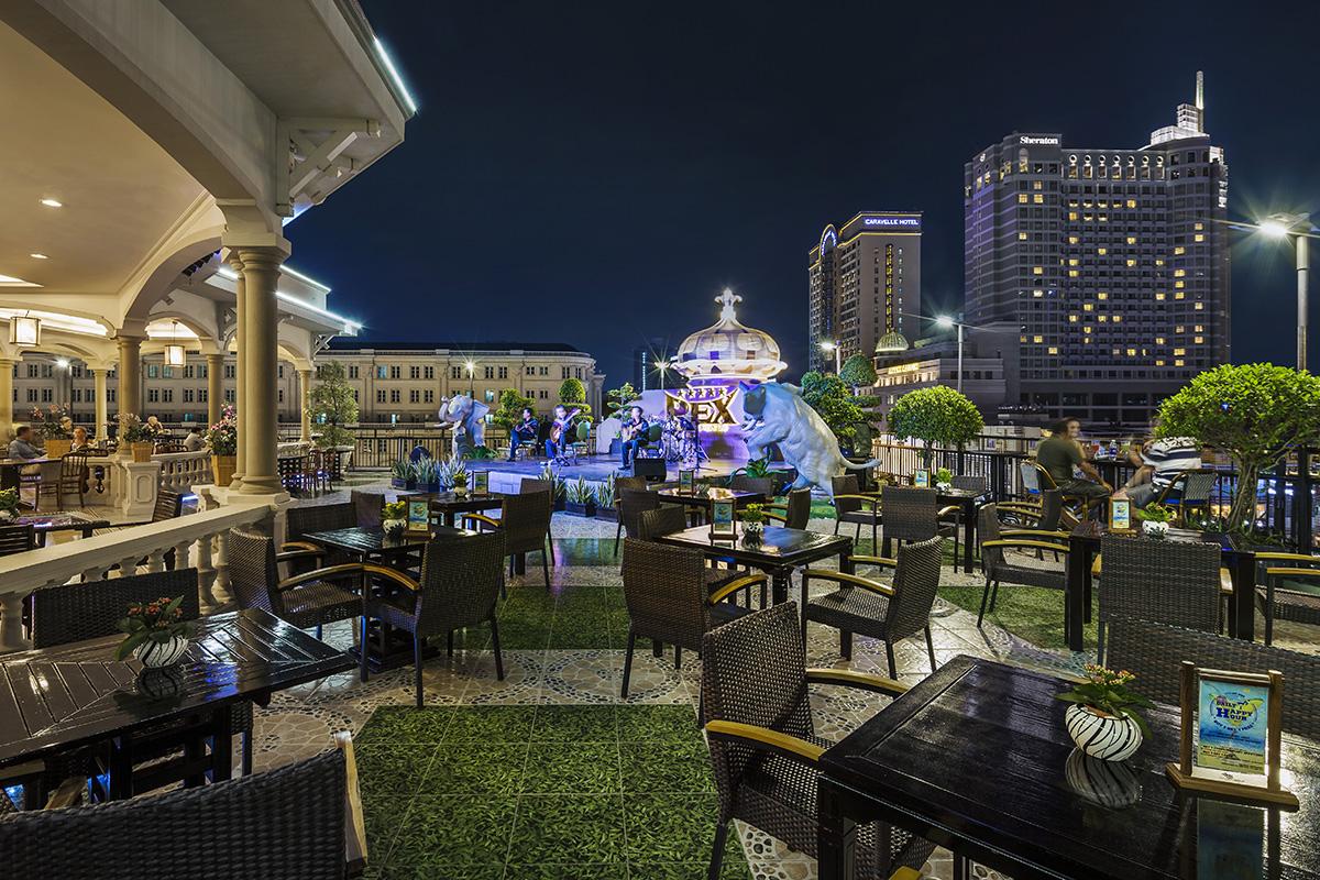 Khách Sạn Rex Rooftop Bar Sài Gòn