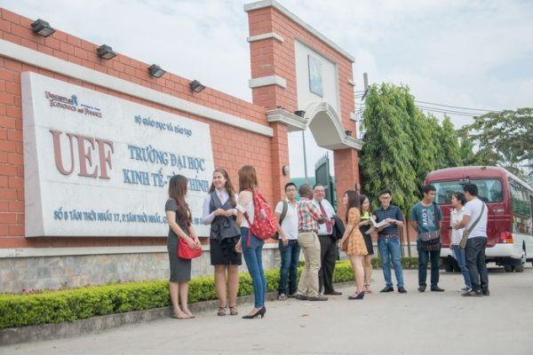 Trường Đại học Kinh tế Tài chính tphcmTrường Đại học Kinh tế Tài chính tphcm
