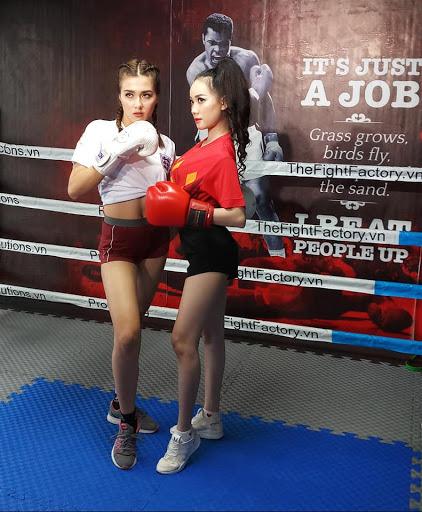 Học boxing cho nữ ở tphcm đến Gym Newlife