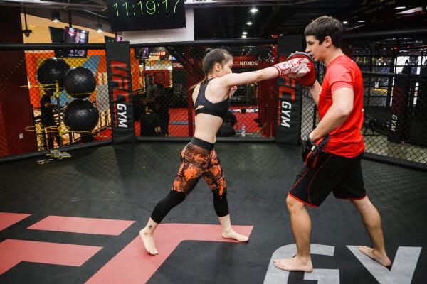 Học boxing tphcm tại Hồng Lạc Fitness Center