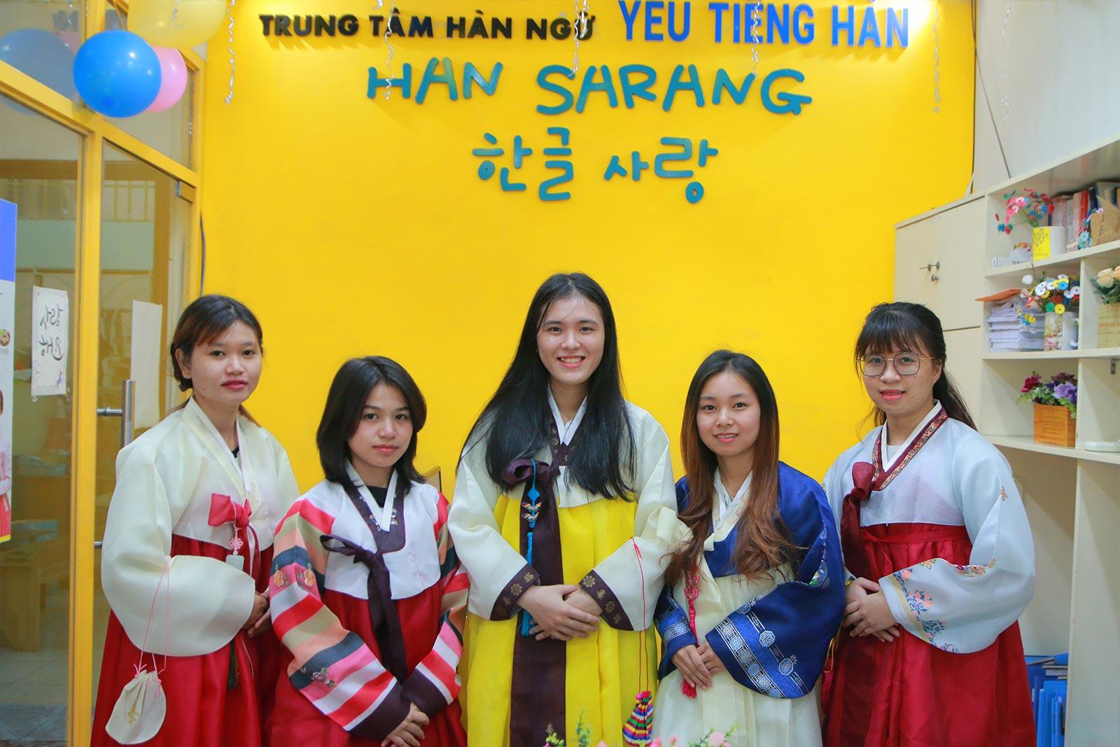 Trung tâm dạy tiếng hàn tại TPHCM Han Sarang