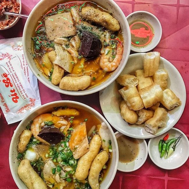 Út Lệ - Quán bánh canh cua quận 10