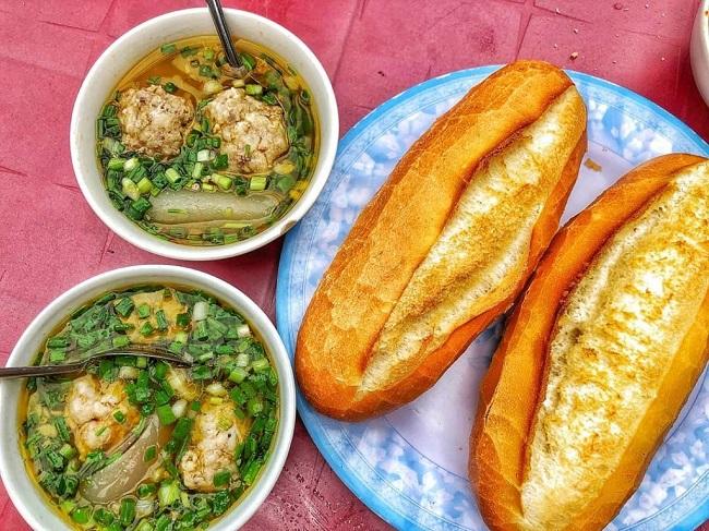 Bánh Mì Xíu Mại Chấm 79 Đà Lạt - Ăn vặt ngon ở Quận 10