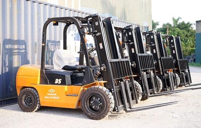 Dịch vụ cho thuê xe nâng TPHCM uy tín, chất lượng